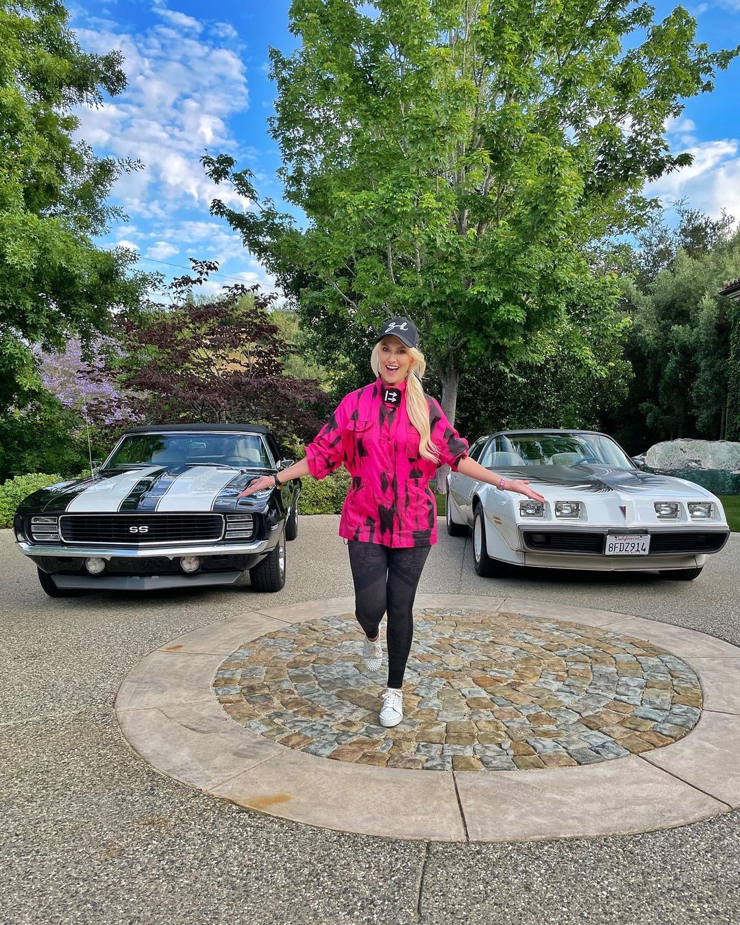 Ok choose peeps 69' Camaro SS or 80's Trans Am ??? Which do you feel   – Alexandra Mary – supercar blondie