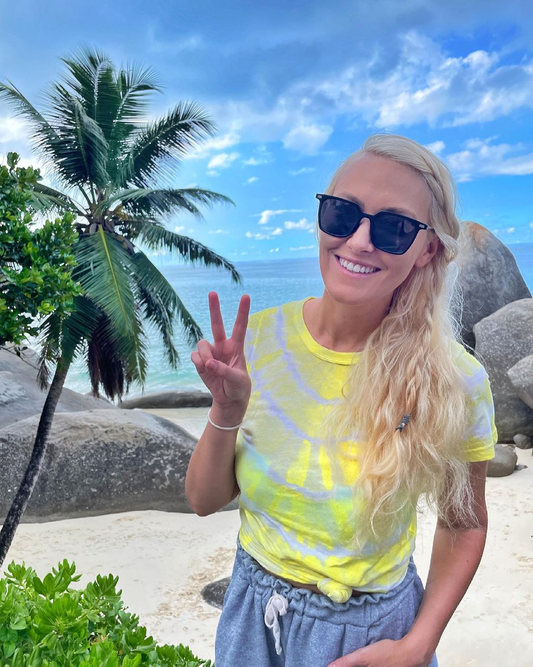 What's your favorite holiday beach location??  I'm in the Seychelles f – Alexandra Mary – supercar blondie